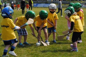 hurling_street_league